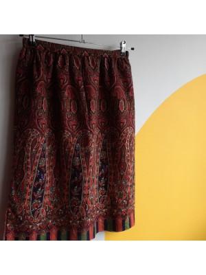 Knee length 70s paisley patterned skirt
