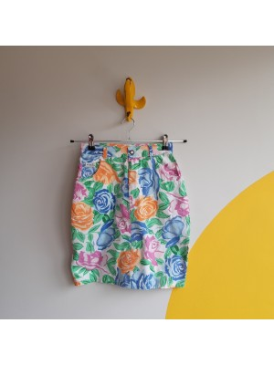 Vivid vintage cotton mini skirt with multicolored roses
