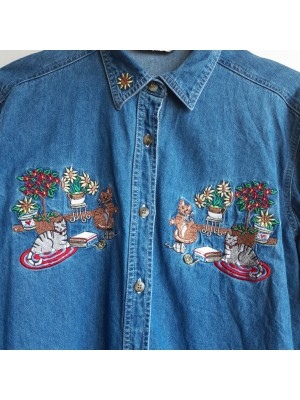 Vintage denim shirt with kitty embroidery